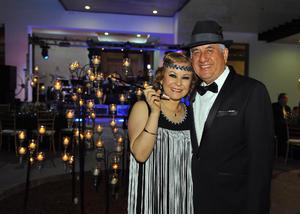 Rafael con su esposa, Laura