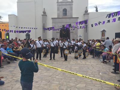 Se partió de la explanada de la parroquia de Santiago Apóstol, misma que data del siglo XVIII y que fue remodelada recientemente para este evento.