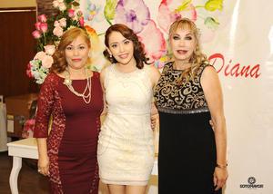 15042017 Diana Elizabeth con Rosario Terrazas de Gama y Beatriz Sotomayor Garza.