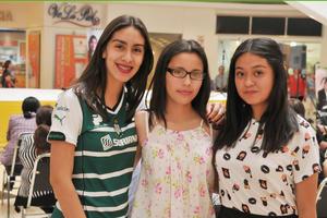 17042017 Daniela, Andrea y Andrea.