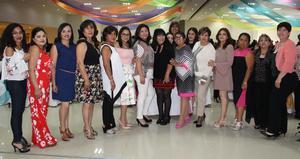 17042017 Sheila, Alejandra, Erika, Olí, Rocío, Dorian, Andrea, Sandra, Norma, Eva, Mayela, Marisol, Lolis, Martha, Elena y Blanca.