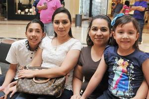 17042017 Fernando, Ilse, María del Carmen y Martha Patricia.