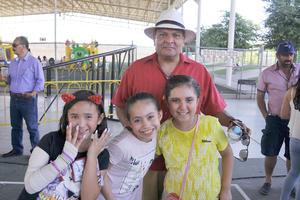16042017 Luis, Paola, Romina y Jimena.