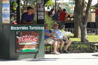 La mayoría de los promotores turísticos reportan huecos en su agenda de recorridos guiados.