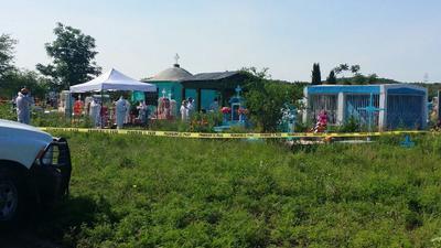 Los grupos de familias informaron que la primera exhumación, de 458 cuerpos inhumados en fosas comunes en el período que comprende de 2006 a 2017, se realizó hoy en el Panteón Jardines de Amistad Eterna.