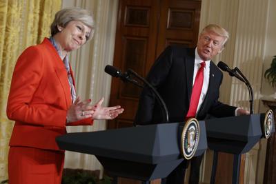 Theresa May de Reino Unido y Donald Trump de Estados Unidos, se ubican en la misma clasificación.