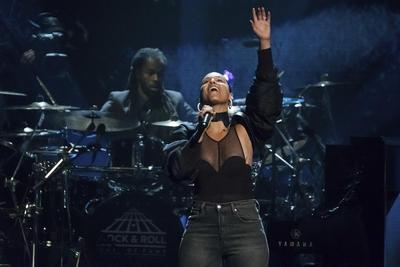 Alicia Keys también es un personaje destacado.