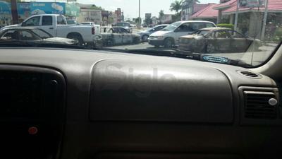 Diversos puntos de la ciudad de Reynosa amanecieron con bloqueos.