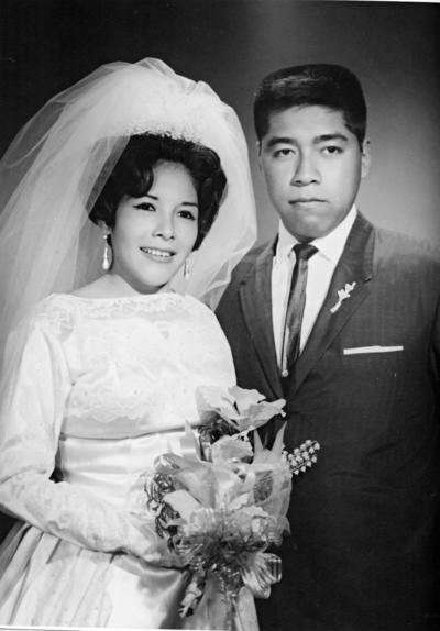 23042017 Felipa Hernández Campos y Federico Cervantes Nájera el 22 de abril de 1967. Celebran en la actualidad sus Bodas de Oro.