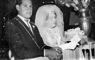 23042017 Sr. José Luis Rivera Chairez y Graciela Lara en la Parroquia de San Juanito de la Colonia San Joaquín el 16 de noviembre de 1968.