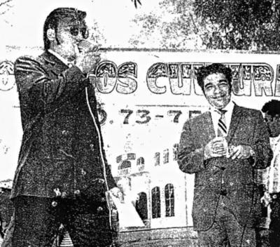 23042017 Locutor Antonio Lozoya Pérez laborando en los domingos culturales del Ayuntamiento de Torreón, 1973 - 1975.