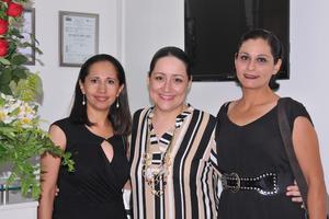 23042017 Adriana Gamboa, Alma Hernández y Carolina Soto.