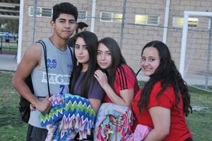 24042017 Víctor, Raquel, Fernanda y Ana Pau.