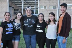 24042017 Marcela, Natalia, Mauricio, Sandra, Carmen y Pato.