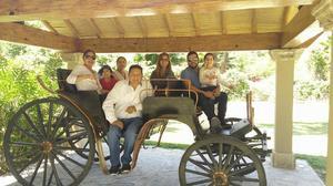 25042017 EN PARRAS.  Helen Martínez, Aleyda Tizoc, Josefina de Noriega, Leonardo Noriega, Camila, Isabella y Pablo Saucedo.