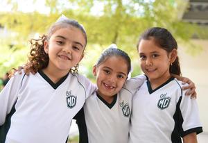 25042017 Valentina, María José y Sara.