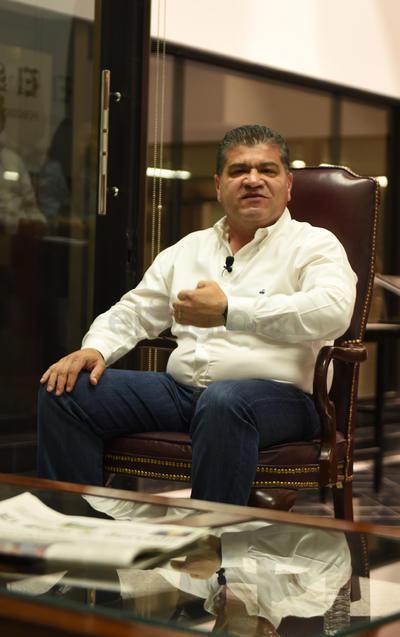 """El protagonista de esta ocasión fue Miguel Riquelme Solís, candidato de la coalición """"Por un Coahuila Seguro"""", conformada por PRI, Nueva Alianza, Verde Ecologista, Partido de la Revolución Coahuilense, Socialdemócrata y Campesino Popular."""
