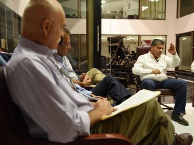 """Continuaron las participaciones de candidatos a la gubernatura de Coahuila en Encuentro Siglo. Hacemos Comunidad, """"Candidatos responden, Coahuila decide""""."""