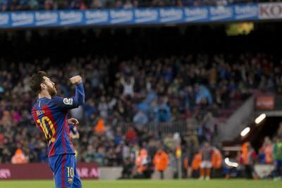 El Real Madrid, colíder al inicio de la 34ta fecha, puede alcanzar de nuevo los 78 puntos del Barsa si se impone a continuación en cancha del Deportivo La Coruña.