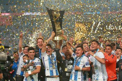 Pachuca venció a Tigres por marcador global 2-1 y se coronó campeón de la Concacaf.