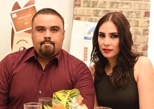 26042017 Pablo Uribe y Viviana Vega.