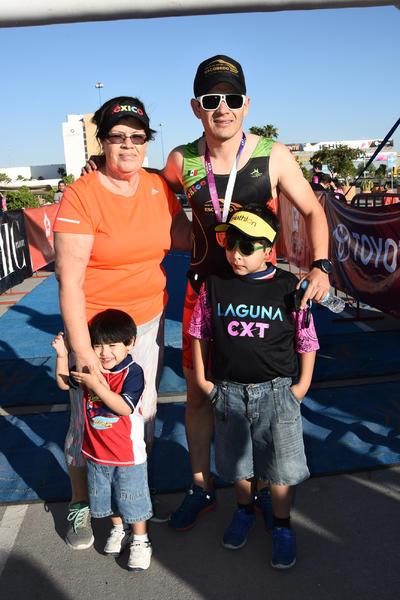 27042017 Consuelo, Leo, Erick y Carlitos.