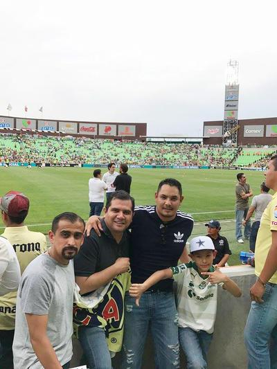 27042017 Christian y Héctor Giacomán, Armando Arredondo y su hijo, Carlos.