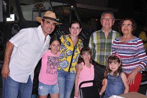 27042017 Héctor, Daniel, Lilia, Jimena, Sofía, Bárbara y Eva Lucía.