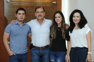 28042017 Miguel, Miguel, Verónica y Verónica.