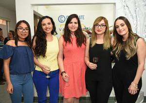Tere, Emma, Liz, Vianca y Daniela