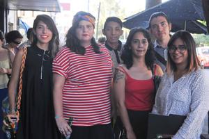 29042017 POP UP GALLERIES.  Adriana, Frida, Adrián, Marcela. Esli y Jessica.