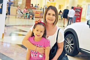 29042017 RECIENTE EVENTO.  Vicky, Vero y Fabiola.