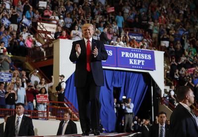 Donald Trump no ha concretado ninguna de sus promesas de campaña en sus primeros 100 días de gobierno.