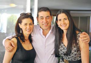 30042017 Alejandra, Jorge y Lily.