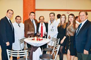 30042017 RECIENTE INAUGURACIóN.  Sinhué Pasos, Carlos Morales, Carlos Martínez, César Alejandro del Bosque, Raúl Domínguez, Natalia Ramos, Laura Castillo y José Monroy.