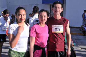 02052017 Danna Paola, María Fernanda y Alan.