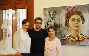 01052017 Maritza Cervantes en compañía de sus hijos Alonso y Anace Maldonado Cervantes.