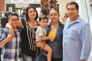 02052017 Josué, María de la Luz, Benja, Silvia y Raúl.