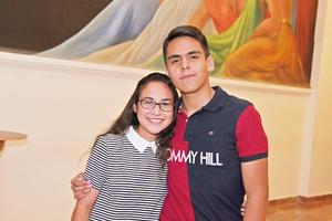 02052017  EN EL TEATRO.  Isabel y Rodrigo.