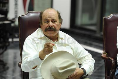 Esta ocasión se contó con la participación del candidato a la gubernatura de Coahuila por el Movimiento de Regeneración Nacional (Morena), Armando Guadiana Tijerina.
