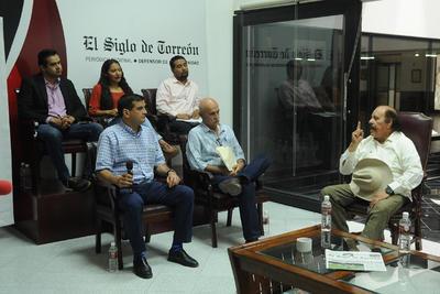 """Continuaron las jornadas de la cuarta edición de Encuentro Siglo. Hacemos Comunidad, """"Candidatos responden, Coahuila decide""""."""