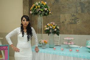 03052017 POR CASARSE.  Jenny González Puebla en su despedida de soltera.