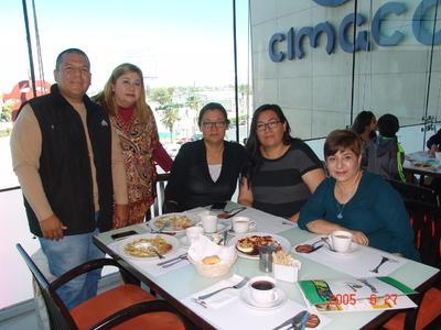 04052017 Guillermo, Berenice, Patricia, Dolores y Ruth.