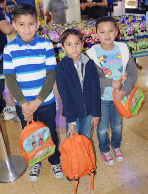 04052017 Héctor Javier, Axel Miguel y Odón Esteban.