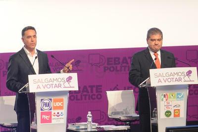 En el primer eje central del segundo debate del IEC se le cuestionó a los candidatos sobre ¿que estrategia se siguen para generar empleo en Coahuila?