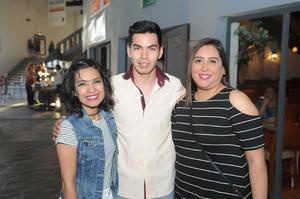 05052017 Lizeth, Ricardo y Karina.