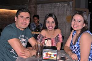 06052017 Armando, Mónica y Mayra.