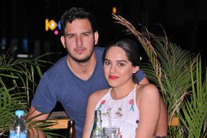 06052017 Chuy y Valeria.
