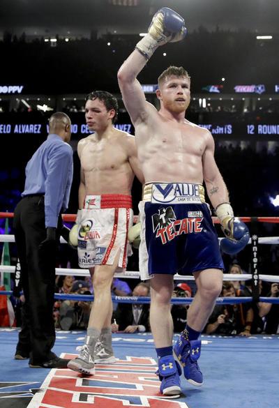 Como un tren sin frenos se mostró Saúl Álvarez (49-1-1, 34KO) quien derrotó por decisión unánime a Julio César Chávez Jr. (50-3-1, 32 KO) para dejar en claro que es el mejor boxeador mexicano de la actualidad.