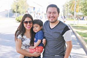 08052017 CONVIVEN.  Ana, Santi y Efrén.